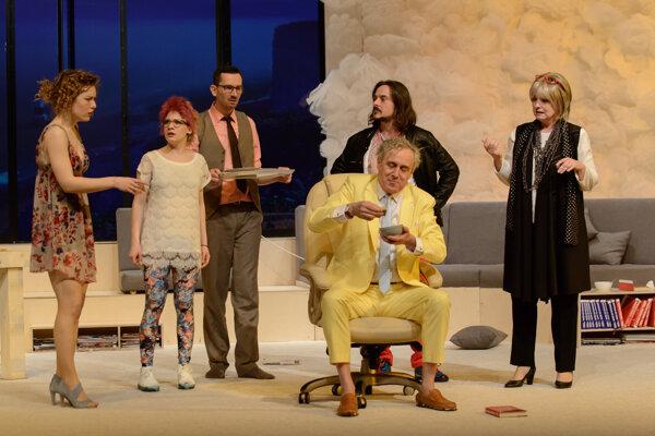 Komédiu Druh: žena budú môcť diváci vidieť aj na youtube kanáli Divadla Andreja Bagara v rámci projektu Divadelné pondelky s komédiami DAB