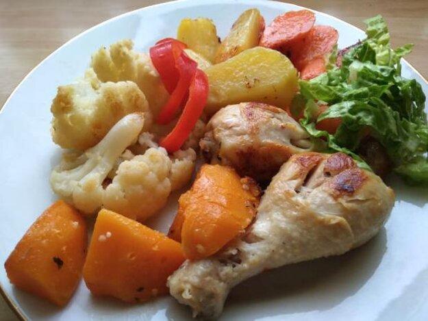 Mäso, zelenina a príloha z jedného hrnca