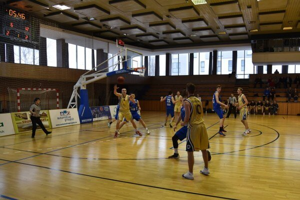 Basketbalisti zdolali Považskú Bystricu.