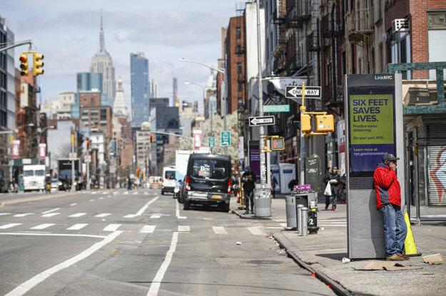 Ulice mesta New York počas mimoriadnej situácie.