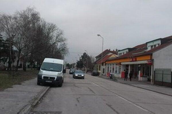 Ulica Pod Párovcami v Piešťanoch. Niekoľko prípadov sa stalo práve tu.