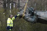 Z pražského námestia odstránili sochu sovietskeho maršala Koneva