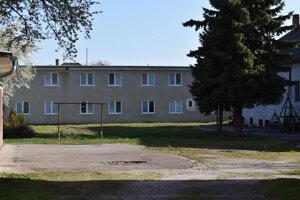 Základná umelecká škola Mierová vyhrala s projektom umeleckej záhrady. Zmení sa na ňu vnútorný areál.