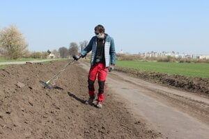V súvislosti s budovaním cyklotrasy sa vykonáva archeologický výskum.