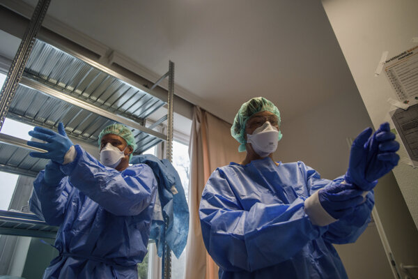 Koronavírus: Maďarsko hlási ďalšie obete vírusu.