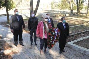 V Tepliciach si výročie oslobodenia pripomenuli členovia Mestskej rady a poslanci.