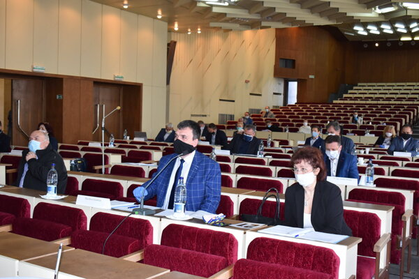 Humenskí poslanci rokovali aj o vyhlásení zbierky.