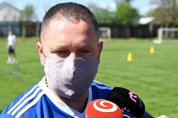 Tréner mužstva Jozef Majoroš ml.