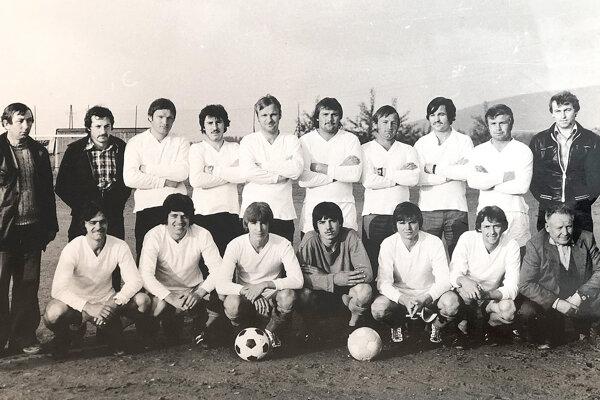 Mužstvo Oravskej Jasenice z roku 1983.