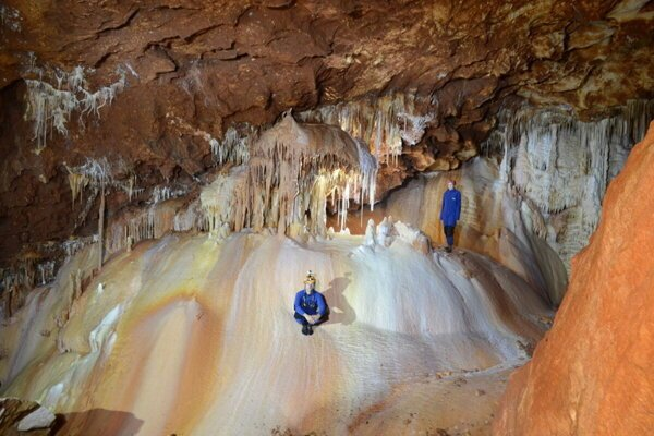V Gombaseckej jaskyni.
