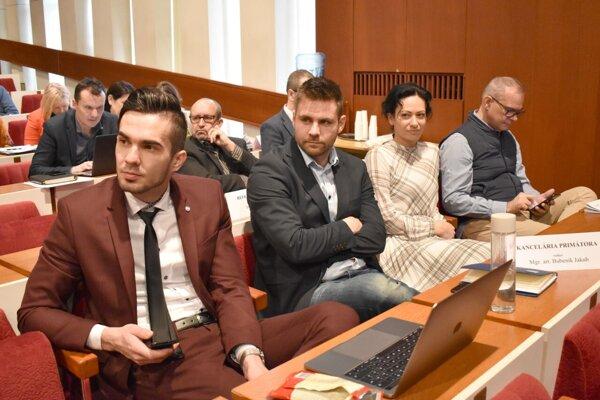 Hovorca mesta Vladimír Fabian, šéf referátu styku s verejnosťou a médiami Jakub Bubeník, vedúca kancelárie primátora Lívia Valigurská a Richard Herrgott z marketingu a kultúry.
