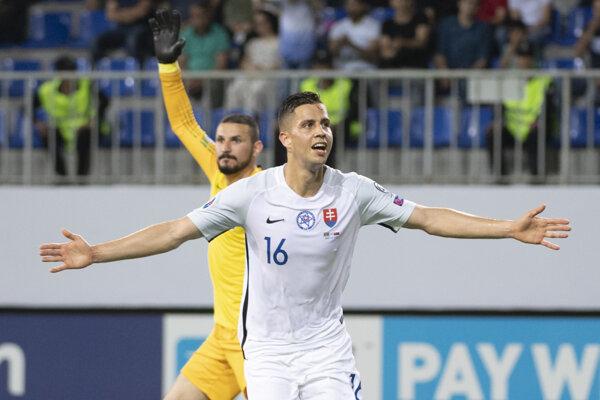 Dávid Hancko v drese slovenskej reprezentácie.