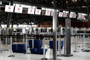 Kanadská letecká spoločnosť Air Canada dopláca na koronavírusovú krízu.
