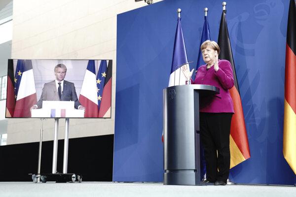 Angela Merkelová na virtuálnej tlačovej konferencii s Emmanuelom Macronom.