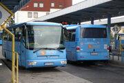 Autobusy v Prievidzi. Ilustračné foto.