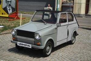 Štvorkolesová verzia Velorexu, ktorá sa vyrábala v rokoch 1971 až 1973.