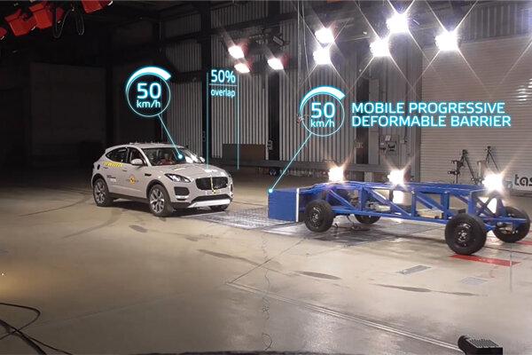 Nová pohyblivá bariéra používaná v testoch Euro NCAP.