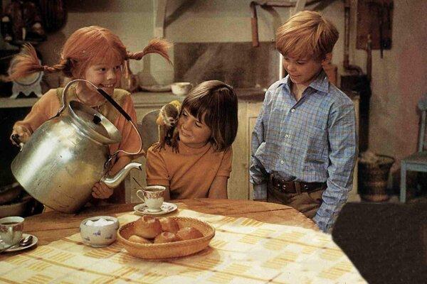 Pippi je nestarnúcou detskou rebelskou hrdinkou už 75 rokov. Všade ju sprevádzajú kamaráti Tomi a Anika.