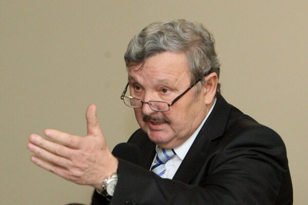 Primátor Rimavkej Soboty Jozef Šimko.