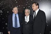 Zlava: Robert De Niro, Martin Scorsese a Leonardo DiCaprio. Spolu nakrútia thriller o vraždách indiánov