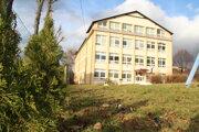 Jedna zo základných škôl v Oravskej Polhore.