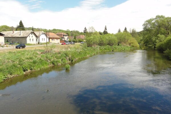 Pohľad na rieku Slatina v Slatinke.