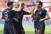 Hráči Bayernu Mníchov pri gólovej radosti.