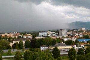 Búrka nad Prešovom.