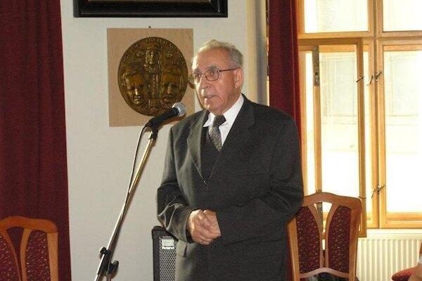 Štefan Hanakovič, slovenský bibliograf, dlhoročný pracovník i správca Matice slovenskej, riaditeľ Spolku sv. Vojtecha.