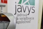 Logo Jadrovej a vyraďovacej spoločnosti.