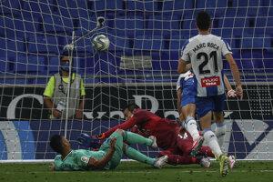 Momentka zo zápasu Espanyol - Real Madrid.