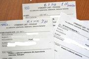 Papierové výmenné lístky pretrvávajú u lekárov aj napriek tomu, že pracujú v systéme elektronického zdravotníctva. Napríklad predpisy na lieky zvyčajne pacienti dostávajú v elektronickej forme.