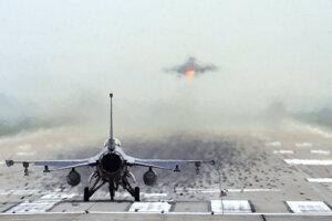 F-16 - ilustračná fotografia.