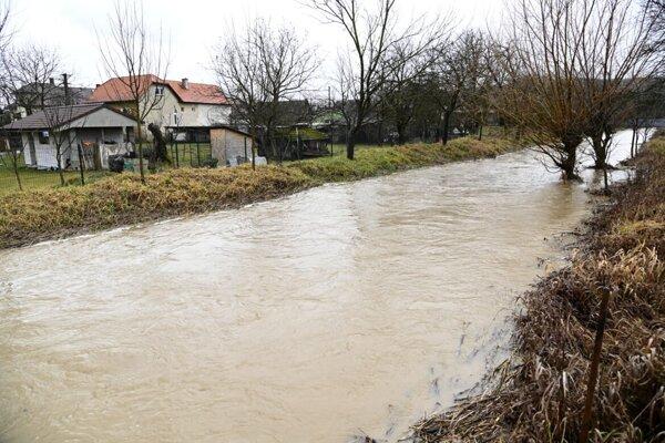 Rozvodnený tok na Myjave.