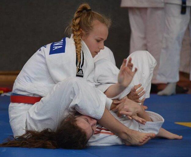 Alexandra Halajová v akcii.