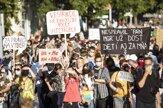 V Bratislave pochodovali za ženské práva stovky ľudí