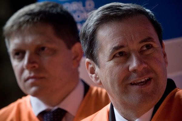Juraj Široký je spájaný s vývojom v zadlženej spoločnosti Váhostave, ktorú zachraňovala vláda Smeru.