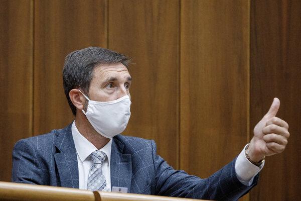 Poslanec parlamentu za stranu Smer Juraj Blanár.