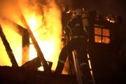 Požiare vypukli v neskorých večerných a nočných hodinách.