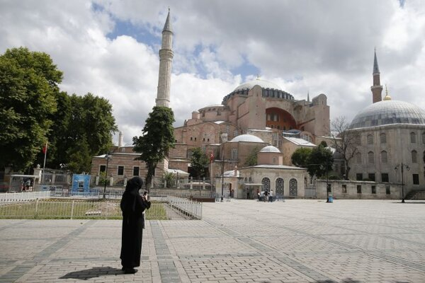 Bývalá byzantská bazilika Hagia Sofia v Istanbule.