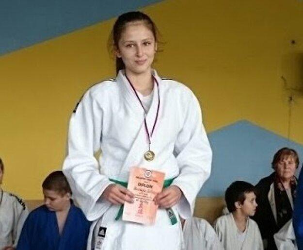 Medailistka Veronika Útisová.