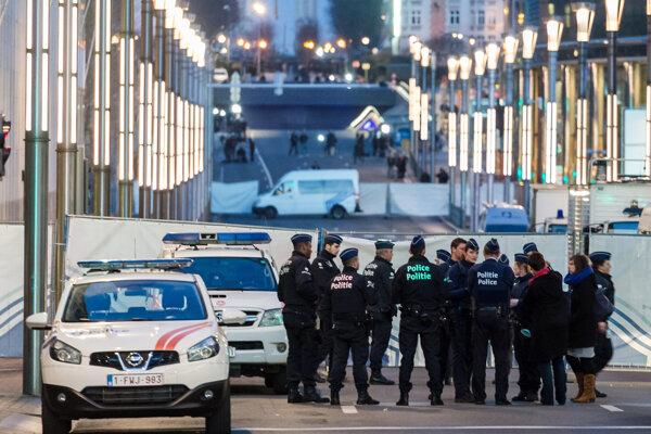 Brusel je po teroristických útokoch prísne strážený. Úrady sa pripravujú aj na prípadný útok špinavou bombou.