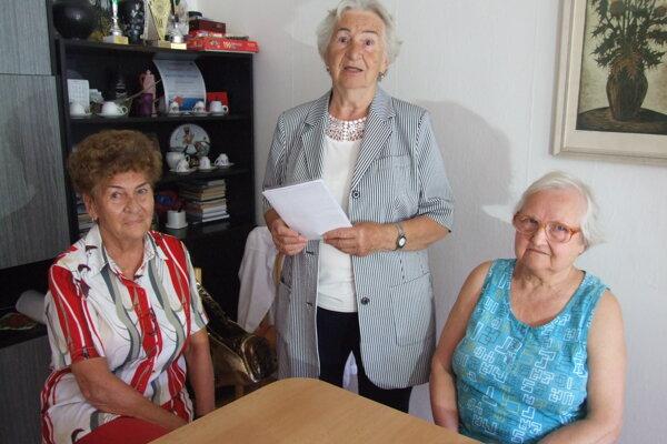 Zľava Eva Blašková, Eva Kmeťová a Beáta Kabičková.