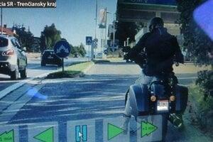 Kreatívny motocyklista