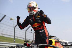 Max Verstappen sa raduje z víťazstva na VC k 70. výročiu F1.