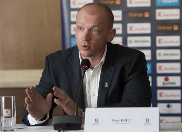 Na snímke výkonný riaditeľ Slovenského zväzu ľadového hokeja (SZĽH) Peter Kruľ.