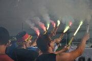 Fanúšikovia počas zápasu FC Minaj - Volyn Lutsk.