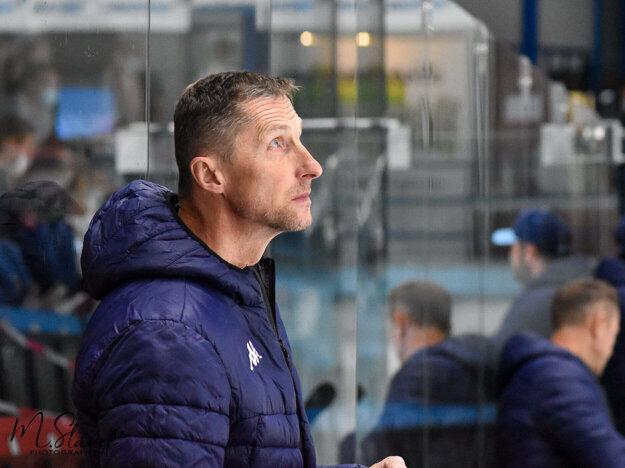 Zverenci trénera Antonína Stavjaňu (na fotke) sa najbližšie predstavia v piatok o 18.00 h v Leviciach.