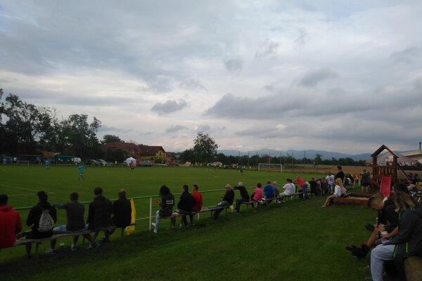 V Melčiciach-Lieskovom sa zišlo na zápase 2. kola Slovnaft Cupu 350 divákov.