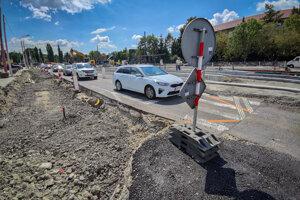 Modernizácia Dúbravsko-Karloveskej električkovej radiály.
